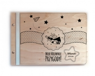 Album drewniany Niezwykłe przygody, 34x23 cm